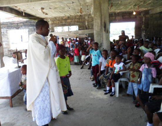 P. Eke, misionero espiritano